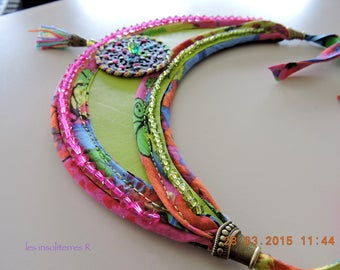 bib necklace ethnic half moon green fuschia leather and Indian fabric