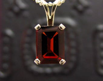 Garnet necklace, Red garnet pendant, sterling silver pendant with garnet, pendant necklace red garnet 8x6 mm silver 925 genuine garnet