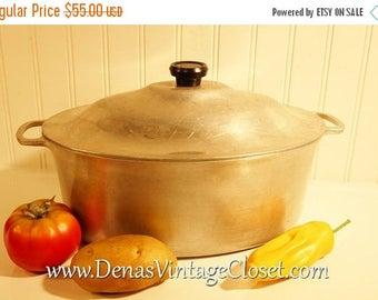 "On Sale 25% OFF Vintage Wagner Ware Sidney 0  #266 Turkey Roaster Hammered Aluminum Pan W/Lid 15 1/2""L X 9 1/2"" W"