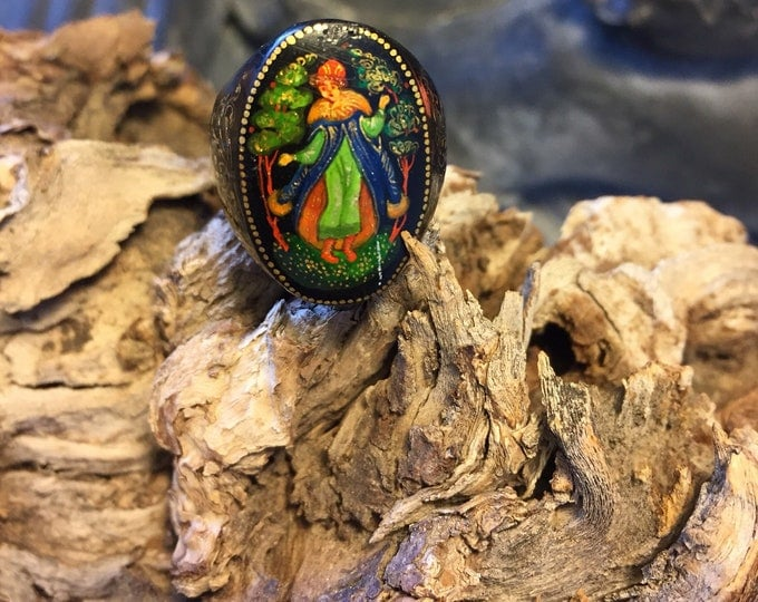 Vintage Wooden Ring - Russian