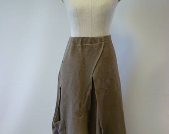 Special price. Khaki cotton asymmetrical skirt, M size.