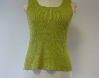 The hot price! Light green linen top, L size.