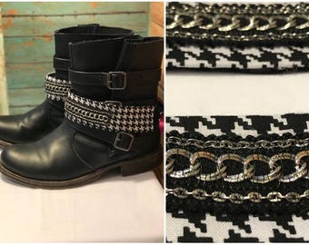 Boot jewelry , boot chain, boot bracelet, boot bling,boot wrap- black and white houndstooth with silver chain going across-