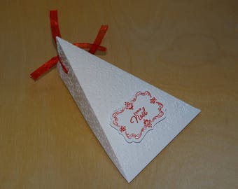 Triangle white embossed snowflake box