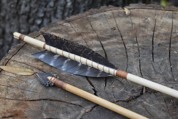 Archery arrows, Set of 2 decorative, primitive style arrows