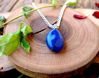 Blue Agate Stone Necklace, Peaceful Stone, Crystal Jewelry, Agate Necklace, Agate Pendant, Crystal Spell Charm, Metaphysical