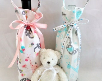 wine tote bag of pink or blue, baby gift bag to friends, parents, grandparents, single beverage carrier, new baby reveal surprise