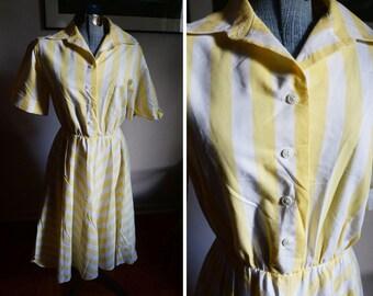Medium -  1980's Sweet Yellow Avon Fashion Dress