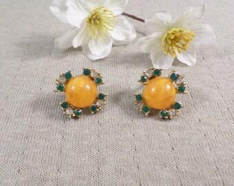 Beautiful Vintage Gold Tone Pair Of Orange Beaded Screw Back Earrings With Rhinestones  DL#3098