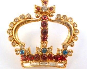 Vintage Rhinestone Studded Crown Brooch.