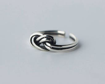Free shipping: sterling silver knot adjustable ring, open ring, midi ring