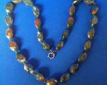 Moss Agate Polished Bead Necklace with Knotted Silk