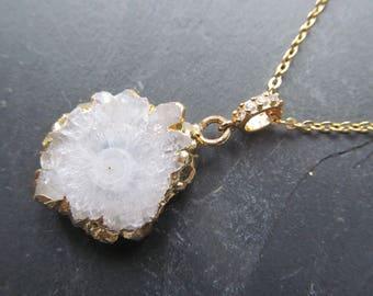 white geode necklace, quartz druzy necklace, raw crystal jewelry, raw stone necklace, geode jewelry bohemian wedding, boho chic wedding
