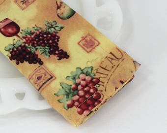 Wine print napkins, cloth napkins, wine gift, cotton fabric napkins, vineyard decor, gold table linens, winery wedding, size 12x12 sets of 4