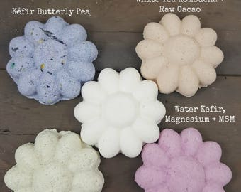 Probiotic Oil-Free Bath Flowers, bath bomb, probiotic, bath fizzies, oil-free bath bomb, skin loving bath bomb, kombucha, kefir, vinegar