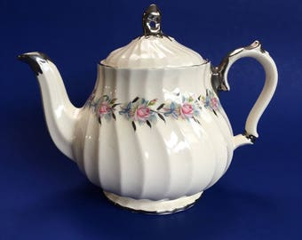 Pretty Silver Floral Sadler Vintage 5 cup Pottery Teapot