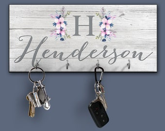 Personalized Key Ring Holder, Family Key Holder, Key Rack, Couples Key  Hanger,