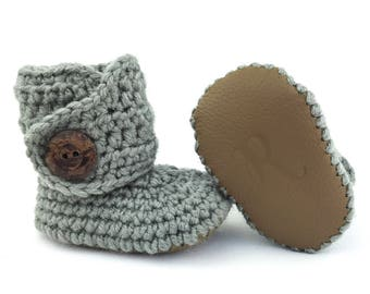 Gray Gender Neutral Boots, Crochet Baby Booties, Gray Baby Soft Sole Shoes, Handmade Infant Booties, Brown Newborn Booty, Coming Home Outfit