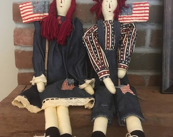 Folk Art Americana Country Hand-Made Raggedy Ann and Raggedy Andy Dolls with Flags M888