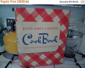 3 Day SALE Vintage 1941 Better Homes and Gardens Cook Book 5-Ring Binder