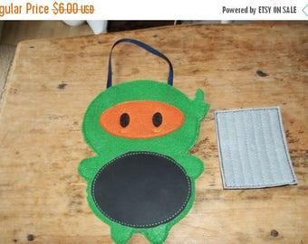 On sale Felt Ninja chalkboard buddy. Ninja Toy, Travel Toy , Chalkboard