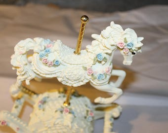 Vintage Music Box, Rocking Horse, Ornate Decoration, Rocks Back and Forth During the Music, Wind up Music Box, Carousel Horse