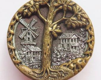"""Charter Oak Picture Button--Excellent Condition 1-1/8"""""""