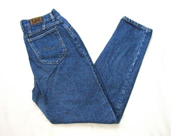 Vintage 1990s Women's LEE High Waist Jeans ~ measure 29 x 31.5 ~ Relaxed Fit ~ Mom Jeans ~ 28 / 30 ~ size 14 Long