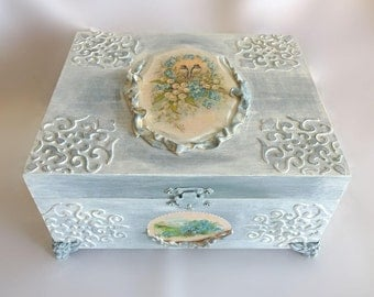 jewerly box, decoupage, jewerly storage, treasure box, housewares, trinket box