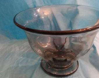 Elis Bergh SIGNED 4 lobel bowl in midnight Kosta Boda B286