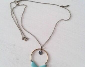 Sautoir Elisa, demi-arc et chevron couleur turquoise // Cadeau pour elle