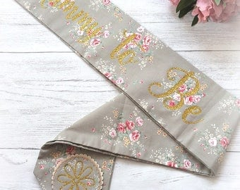Mummy To Be vintage floral sash, baby shower accessories