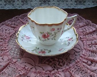 Victoria C & E (Cartwright and Edwards) - Bone China England - Vintage Tea Cup and Saucer - Pink  Roses with Brushed Gold Trim