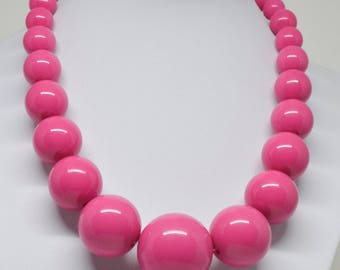 Lovely large plastic beaded necklace