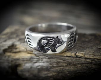 Sterling silver ring with a Grizzly Bear design and Bear Paws Size: 7 through 15.5 available
