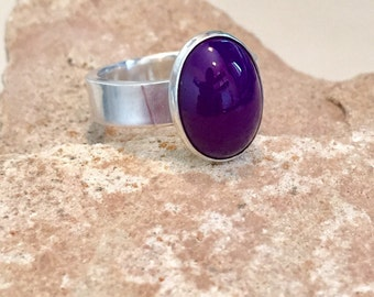 Sterling silver purple chalcedony ring, oval stone ring, oval gemstone ring, stackable sterling silver ring, sterling silver ring