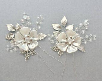 Bridal hair piece Bridal bobby pins Bridal hair pins Silver hair pins Wedding hair pins Crystal hair pins Flower hair pin rhinestone