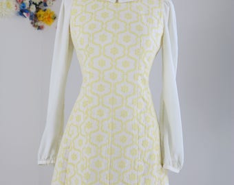 1960s Style Floral Patterned Long Sleeve Mini Dress Peter Pan Collar Soft Pastel Yellow on Eggshell Background Size Small Medium