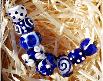 Lampwork Set of 8 Beads glass flower beads Glass beads Dark Blue & White Flamework artisan artglass polka dot Rondelle Beads murano