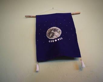 Pleine lune suspension broderie
