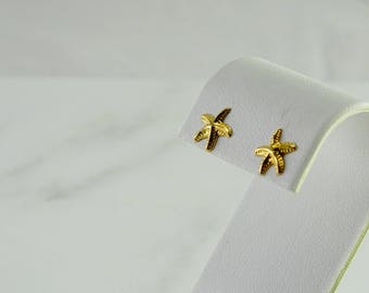 Starfish Pierced Earrings in 14K