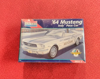 Vintage Monogram 1964 Mustang Indy Pace Car Ford Motor Co. Model Car Kit