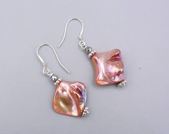 Metallic shimmering shell earrings - mother of pearl earrings - 925 silver - lobster color