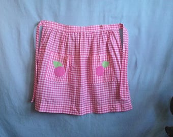 ADORABLE Handmade Vintage Pink Gingham Apron Fruit Pockets Waist Ties