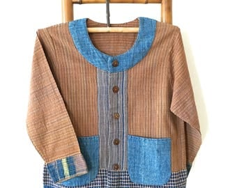 Natural-dyed hand spun & hand woven rustic minimalist blouse jacket with patch pockets - IB6