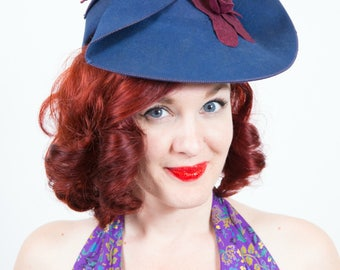 1940s Felt Blue and Purple Flower Hat