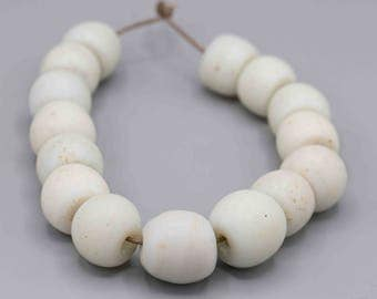 "15 Antique White ""Dutch Dogon"" African Trade Beads 20-23mm Ethnic Jewelry Supply"