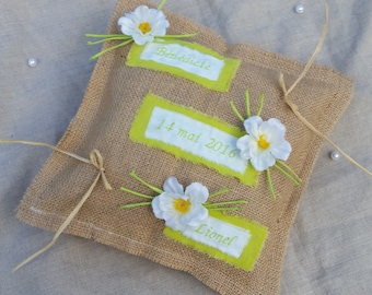 Rustic wedding pillow, nature, bucolic wedding pillow, cushion embroidered, Burlap, lime green Whoopsidaisies