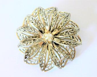 Vintage Filigree Flower Brooch Faux Pearl Gold Tone, Flower Pin, Coat Pin, Sweater Pin, Retro Brooch, Costume Jewelry