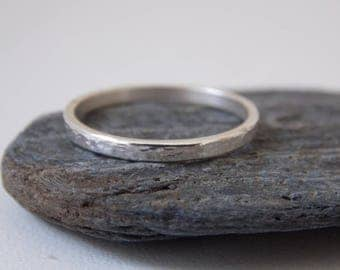 Very fine hammered ring made of sterling silver.